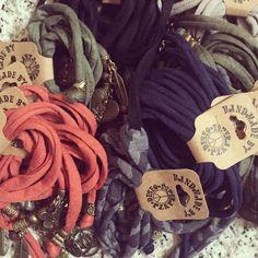 Ik word er blij van! #herfstkleuren #esperanzadeseo #linkinbio #armcandy #jewels #ibiza