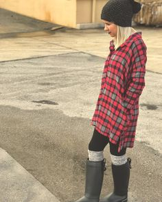 Oversized Boyfriend Flannel. Winter Fashion. Fall Fashion.