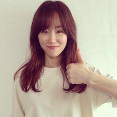 "Fans furious over ""Flower Crew"" members' treatment towards BTS's Jungkook Korean Actresses, Korean Actors, Korean Beauty, Asian Beauty, Flower Crew, Seo Hyun Jin, Beauty Inside, Without Makeup, Asian Girl"