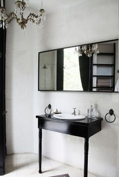 A guest bathroom at the enviable Coqui Coqui Residence & Spaon the Yucatan Peninsula.