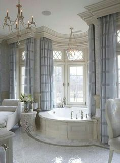 Glamor and sophistication #bathroom #wow