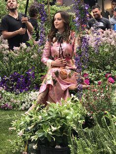 Dakota Johnson ❣️ Anastasia Steele ❣️50 shades of Grey ❣️ selfie ❣️ NYC ❣️ Gucci in Bloom ❣️