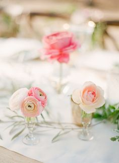 Dainty décor: http://www.stylemepretty.com/2014/10/14/soft-romantic-summer-winery-wedding/ | Photography: KT Merry - http://ktmerry.com/