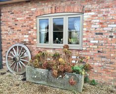 Flush casement windows Suffolk, Essex and Norfolk - The Burgess Group Window Frames, Window Ideas, Green Windows, Extension Designs, Casement Windows, House Front, Door Design, New Homes, Art Deco