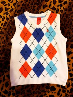 Indie Outfits, Cute Outfits, Fashion Outfits, Nikko, India, 2000s Fashion, Knit Vest, Plaid Pattern, Outfits