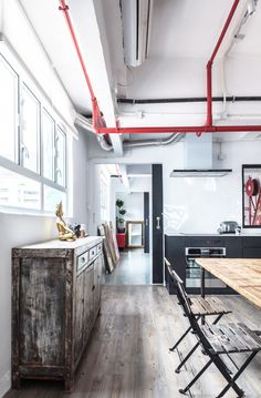 Un loft à Hong Kong dans un ancien entrepôt - PLANETE DECO a homes world