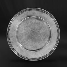 Pewter Charger Plate handcrafted by artisans of La Bottega del Peltro - Italian Pewter Dinnerware - Handmade in Italy - Online Store Charger Plates, Empire Style, Safe Food, A Table, Craftsman, Dinnerware, Antiques, Tableware, Table Accessories