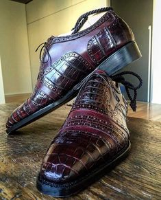 "785 Likes, 10 Comments - Riccardo Freccia Bestetti (@bestettishoes) on Instagram: ""Novecento Line. www.frecciabestetti.com #bestettishoes #shoesporn #saphir #shoegazing #doublemonk…"""