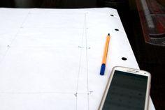 Konstrukcja siatki bluzki podstawowej w godzinę. Niemożliwe? A jednak! – Project – Sew Galaxy Phone, Samsung Galaxy, Electronics, Iphone, Sewing, Dressmaking, Couture, Stitching, Sew