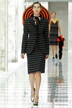 Prada Spring 2011 Ready-to-Wear - Collection - Gallery - Style.com