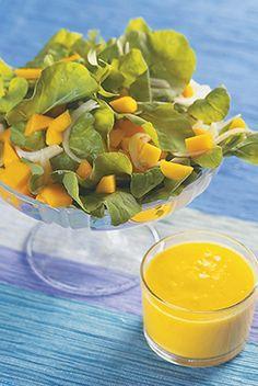 Salada de folhas verdes ao molho de manga da Angélica: http://abr.ai/1aNH5B9