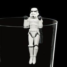 「コップのフチのスターウォーズ」 #starwars #stormtrooper