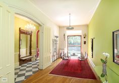 Grand 4-Story Brownstone | Carroll Gardens | 10 rooms | ID: 4048525 | Townhouse #BrownHarrisStevens #luxury #fineproperty #Christies #Art #NYC #NewYorkCity Learn more at http://www.bhsusa.com/brooklyn/grand-four-story-brownstone/townhouse/4048525