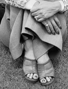 David Goldblatt / Particulars / Woman At A Picnic, Zoo Lake, Johannesburg. 1975
