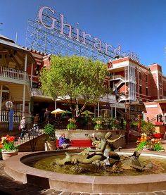 Ghirardelli Square on a sunny afternoon