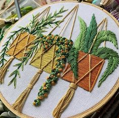Embroidery for Beginners & Embroidery Stitches & Embroidery Patterns & Embroidery Funny & Machine Embroidery Diy Embroidery Patterns, Hand Embroidery Videos, Modern Embroidery, Hand Embroidery Patterns, Embroidery Techniques, Free Machine Embroidery Designs, Embroidery For Beginners, Cross Stitch Embroidery, Deco Nature