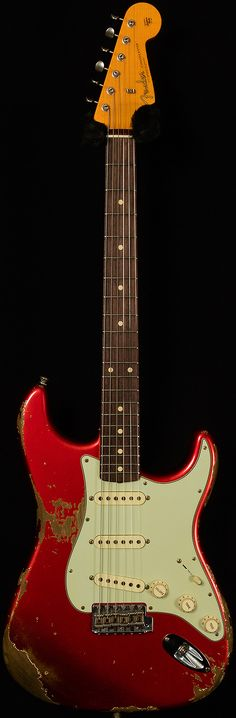 5772af11 Fender Custom Shop2016 Collection1961 StratocasterHeavy Relic.81-.96/7.77  lbsCandy Apple Red