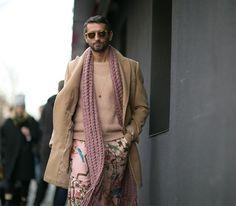 Settimana della moda uomo in autunno-inverno 2016 Milano: street style.