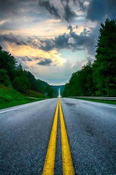 Road to highlands | By Nexsi Castillo