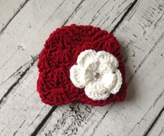 Crochet baby hat, Holiday/Christmas beanie, red baby beanie, photography prop, newborn infant