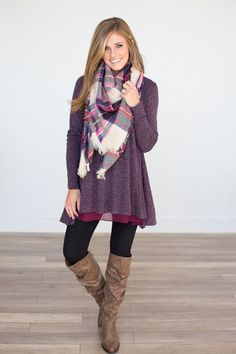 I'm loving the texture of the tunic hem, and the combo with the patterned scarf.