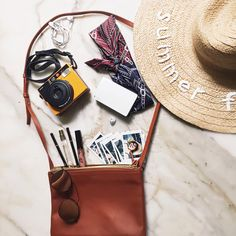 BALI TRIP EDITION: WHAT'S IN MY BAG? | FASHIONUPWARDS