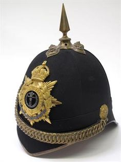 British post 1902 Officers Home Service Helmet of the Middesex Regiment, complete with brass fitt British Uniforms, Military Uniforms, British Army, Military History, Victorian Era, Vintage Toys, Colonial, Police, Helmet