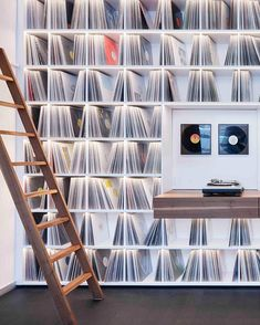 'Record Room' loft by Kepenek ➡️ swipe for full view ____________ 📸 Simon Vogel Vinyl Record Display, Vinyl Record Storage, Lp Storage, Storage Design, Vinyl Shelf, Home Music Rooms, Home Studio Music, Loft, Vinyl Room
