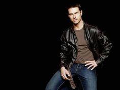 Sofy.tv (@sofyupdate) • Instagram photos and videos Tom Cruise, Custom Leather Jackets, Cruise Fashion, James White, Dressing Sense, Suit Up, Raining Men, Actors, My Guy