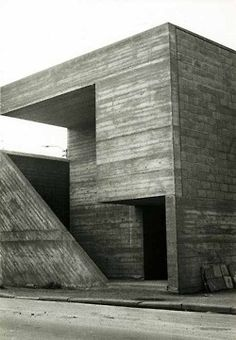 The Belgian modernist Juliaan Lampens experimented with the use of raw concrete and created sculpture-like exteriors leading onto open vistas. His architecture goes beyond designs for conventional living and instead suggests a utopian avant-g. Art Et Architecture, Architecture Program, Concrete Architecture, Minimalist Architecture, Contemporary Architecture, Architecture Details, Concrete Facade, Concrete Design, Amazing Architecture