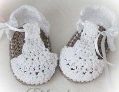 Crochet Baby Booties -