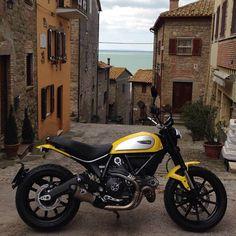 Ducati Scrambler Yellow Icon with Termignoni