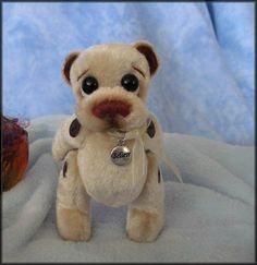 **Beth Franco Bears** Darby is 4 1/2 inches standing.
