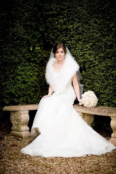 Winter Wedding Fur, Winter Wedding Bridesmaids, Elegant Winter Wedding, Winter Bride, Brides And Bridesmaids, Vintage Bridal, Vintage Fur, Vintage Glamour, Winter Wedding Inspiration
