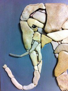 Pebbles: 25 ideas for creative art inspiration Stone Crafts, Rock Crafts, Arts And Crafts, Art Crafts, Caillou Roche, Art Pierre, Rock Sculpture, Ribbon Sculpture, Rock And Pebbles