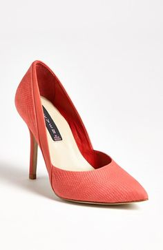 Steve Madden 'Akcess' Pump