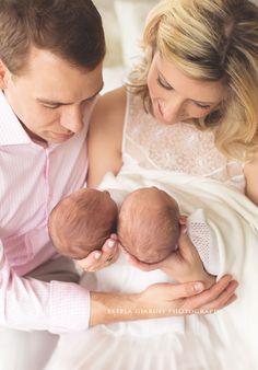 Houston Twin Photographer Newborn-baby and family photography by Photographer Estela Giargei