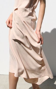 anaïse, jesse kamm capsleeve dress.
