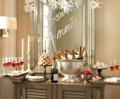 NYE Party Decor - This site has a ton of party ideas, not just for NYE