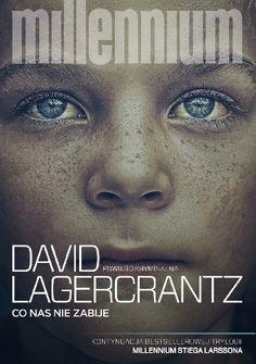 Kontynuacja trylogii Millennium Stiega Larssona napisana przez Davida Lagercrantza.  Mikael Blomkvist przechodzi kryzys i rozważa porzucenie zawodu dziennikarza śledczego. Lisbeth Salander podejmuje d...