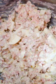 Ham Salad (made with Bologna)! Ham Salad Recipes, Meat Recipes, Cooking Recipes, Fun Recipes, Bologna Salad, Bologna Sandwich, Sandwich Fillings, Sandwich Recipes, Salads