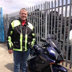 This is Leigh who passed his DAS with us recently, and has come to show us his new ride a Honda VFR :-)