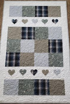 Quilting Projects, Quilting Designs, Quilting Ideas, Quilting Board, Quilting Tutorials, Sewing Projects, Memory Pillows, Memory Quilts, Photo Quilts