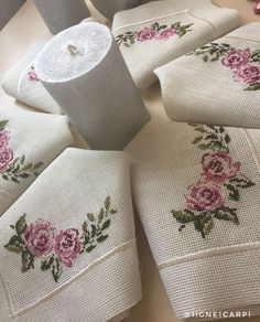 1 million+ Stunning Free Images to Use Anywhere Crewel Embroidery, Cross Stitch Embroidery, Cross Stitch Patterns, Embroidery Designs, Crochet Bedspread, Free To Use Images, Cross Stitch Rose, Bargello, Handmade Design