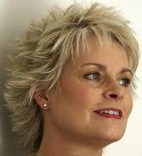 Short hairstyles for older women - Google-Suche