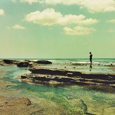Tiny @duranba760 #nica2013 #nicaragua #sea #eidon #eidonsurf #sky #water #clouds #lowtide #rad #roam #roaming #tbt #rocks #water #explore #love #bythesea #beautiful #livetravelsurf #instagood #instamood