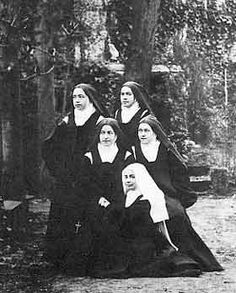 Therese's blood sisters: three were Carmelites with her in the Lisieux Carmel and one was a Visitation nun in Caen. Above: top left to bottom right: Marie (Sr. Sainte Therese De Lisieux, Ste Therese, Catholic Saints, Roman Catholic, Powerful Pictures, Religious Pictures, Bride Of Christ, Blessed Mother, Mother Mary