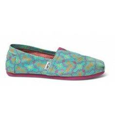 Moraccan Print Women's Classics   bright shoes for a bright girl!