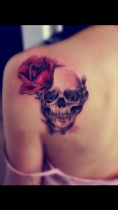 ♥ Beautiful Skull Tattoos For Women ♥ ♫ ♥