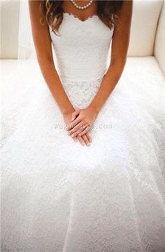 I love this dress so much. I seriously can't wait until I'm old enough to get married